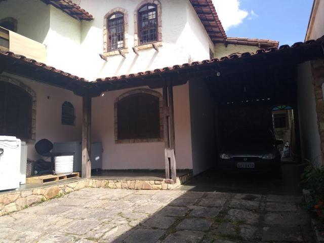 Casa com 3 moradias, lote 360 m² - Foto 2