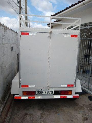 Reboque baú 2 eixos, 1500 kg de carga R$ 8000 - Foto 5