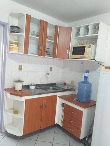 Alugo flat de 1/4 mobiliado em condomínio Down Town no centro - Foto 2