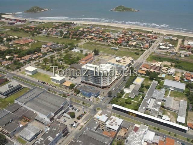 Apartamento com vista para o mar, ótimas áreas comuns, no centro de Imbituba/SC - Foto 17