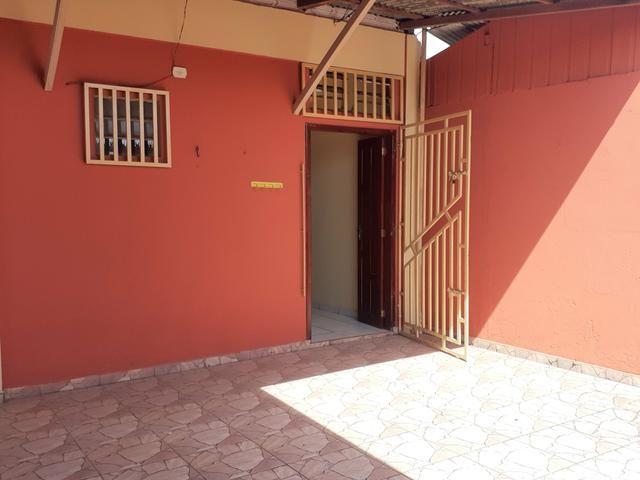 ALUGUEL | Casa no Centro à poucos metros da orla - Foto 7