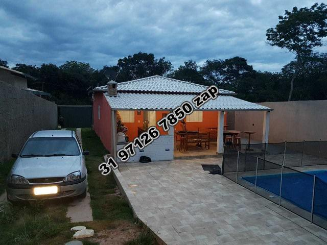 Urgente-Sítio Barato c/ Piscina-Casa Colonial Branca-3 qts-Pomar-Toda Murada-TOP - Foto 14