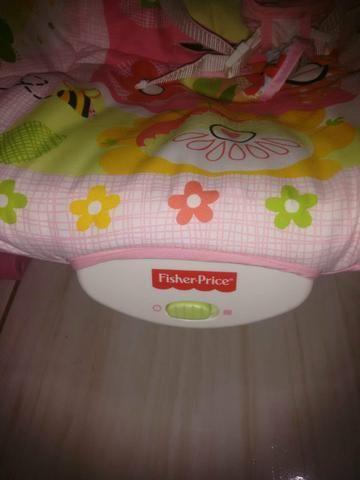 Cadeira musical e vibra Fisher Price