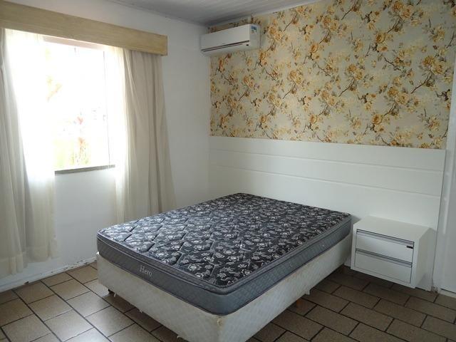 Casa econômico com 03 dormitórios, á 900m da Praia de Bombas. Cód.025 - Foto 7