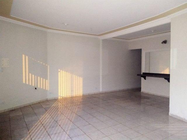 Excelente Casa Com 2 Quartos + Salão a Venda no Bairro Monte Castelo - R$ 315mil - Foto 4