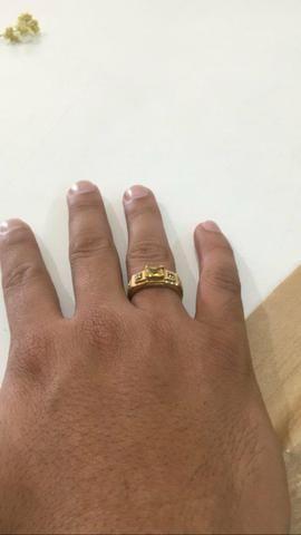 Anel de formatura, curso farmácia, 7.5 grama ouro 18k tamanho 27. 1400 reais - Foto 3