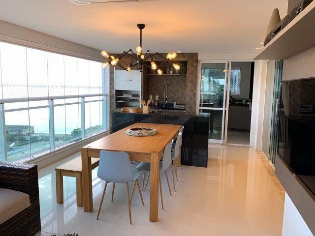 Vende-se Maravilhoso Apartamento no Ed. Mirage Bay com 4 suítes, 3 vagas - Foto 4