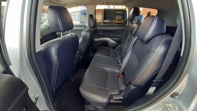 Mitsubishi Outlander 3.0 4X4 GT V6 2012 Prata Completíssima, Excelente Estado - Foto 14