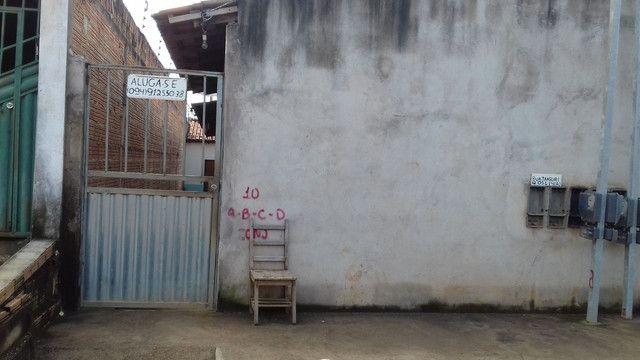Vendo casa com 4 kitnet  - Foto 3