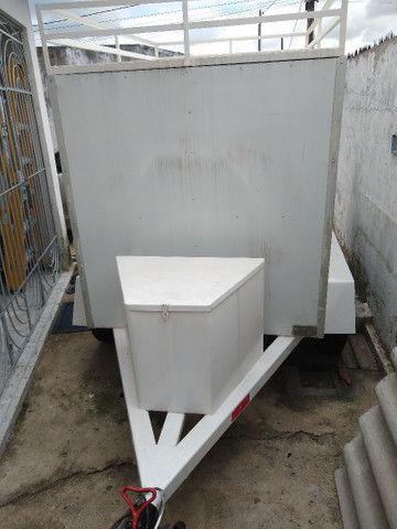 Reboque baú 2 eixos, 1500 kg de carga R$ 8000 - Foto 6