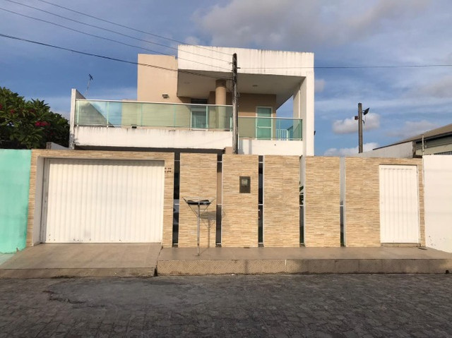 Casa em Condomínio Fechado na Santa Amélia - 230m²