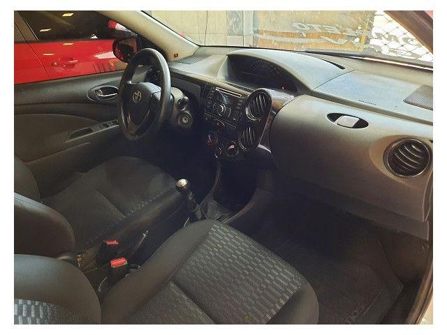 Toyota Etios 2015 1.5 x sedan 16v flex 4p manual - Foto 9