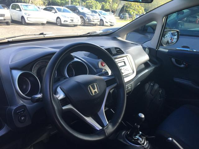 Honda Fit LX 2013 - IPVA 2019 pago - Pneus novos - Foto 5