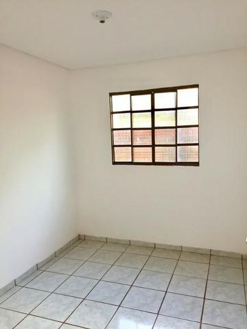 Casa com 2 quartos e quintal no Canaa 1 - Foto 3