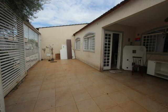 Casa em Taguatinga Norte - 03 Quartos Sendo 02 Suítes - Lote De 200 m² - Foto 2