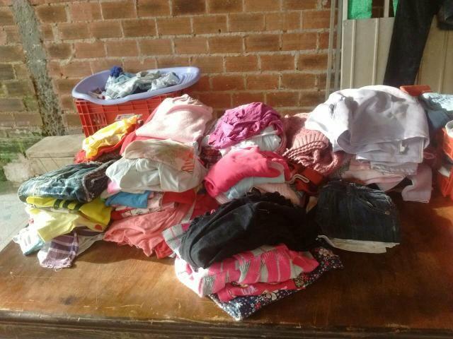Vendo um lote de roupas e sapato para brechó em prefeito sestado - Foto 5