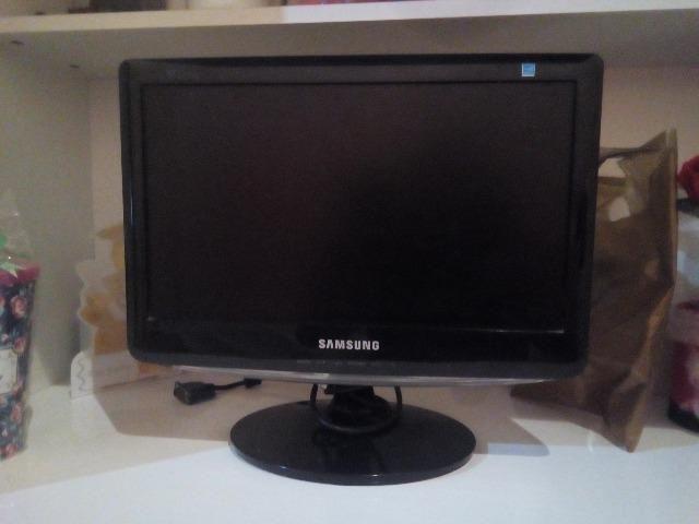 Monitor Samsung 17 polegadas