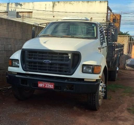 Caminhão Ford Toco Pitbull
