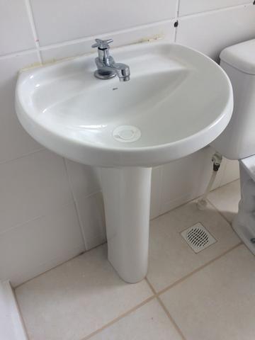 Vendo 2 pias para banheiro e cozinha - Foto 2