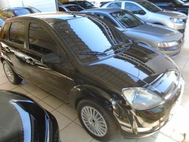 Ford Fiesta Personnalite 1.0  Preto - Foto 2