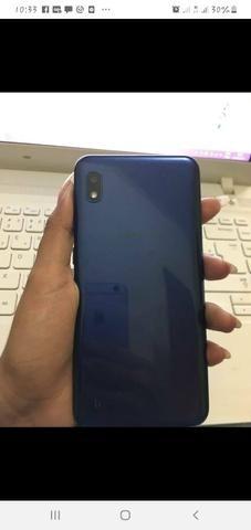 Celular A10 - Foto 2