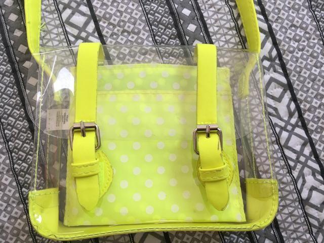 Vendo 2 lindas bolsinhas infantis neon importadas! - Foto 2