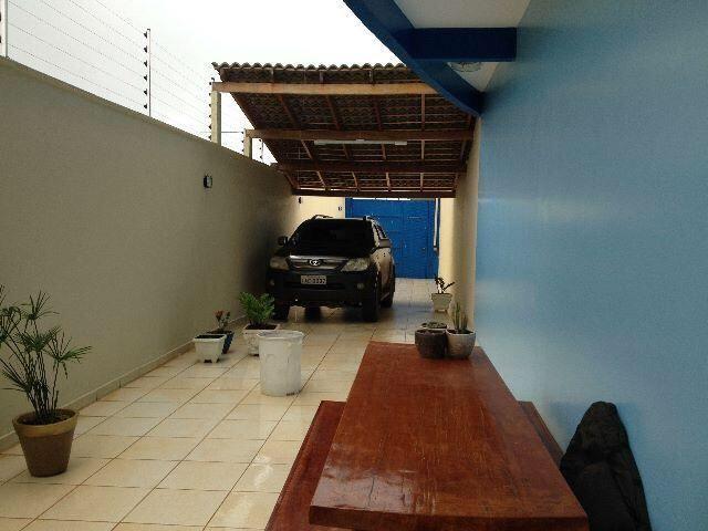 Vende-se imóvel com 2 casas geminadas - Foto 10
