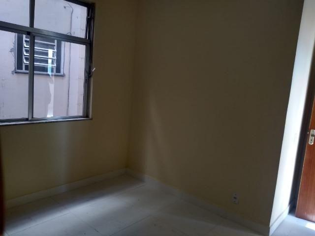 Apartamento recém reformado, de 3 dormitórios, 2 banheiros no Jardim Amália ! - Foto 13