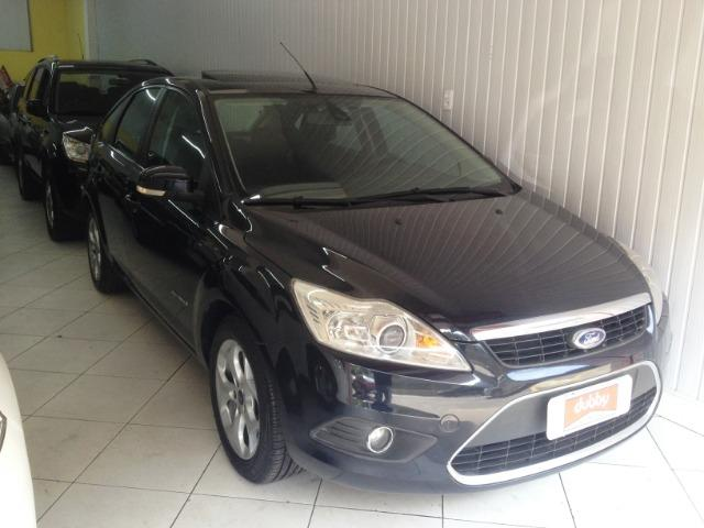 Ford Focus Hatch Titanium Impecável