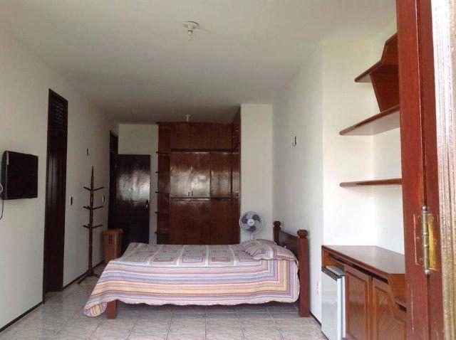 Alugo suíte mobiliada em residência familiar - Foto 14