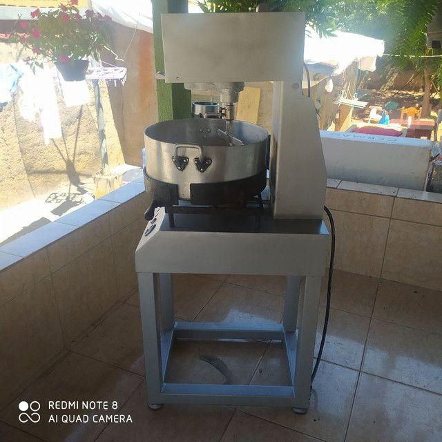 Máquina de coxinha com masseira - Foto 6