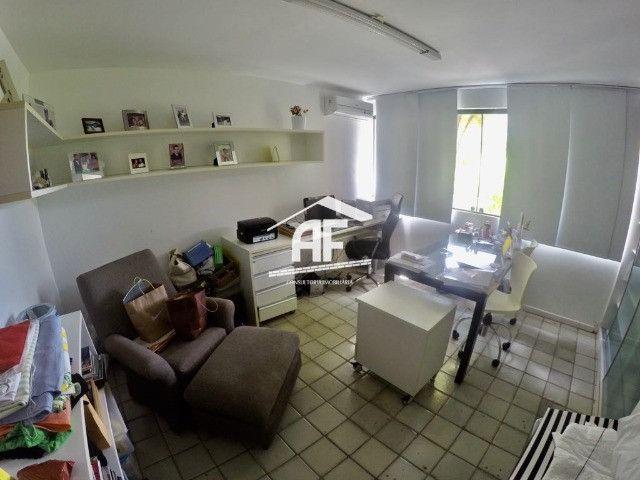 Condomínio Jardim do Horto - Casa com 3 suítes sendo 1 máster - 534m² - Foto 20