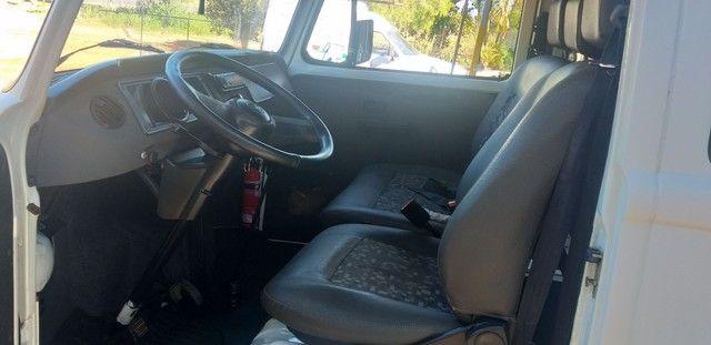 Aluga-se combi com motorista para fazer entrega ou carrega funcionário   - Foto 4