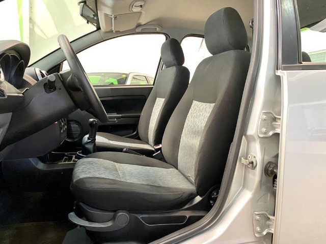 Fiesta 1.6 Sedan  - Foto 8