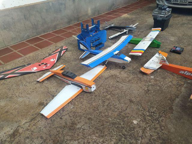 Aeromodelos diversos