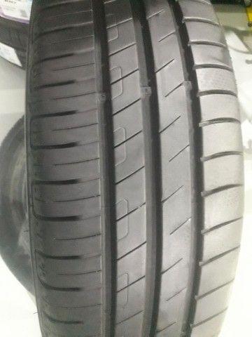 2  pneus goodiyear semi novo  top pra vender rápido  - Foto 3