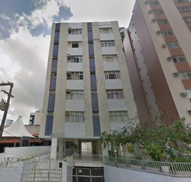 [A31423] Apartamento com Sala Ampla, 3 Quartos sendo 1 Suíte. Em Boa Viagem !!