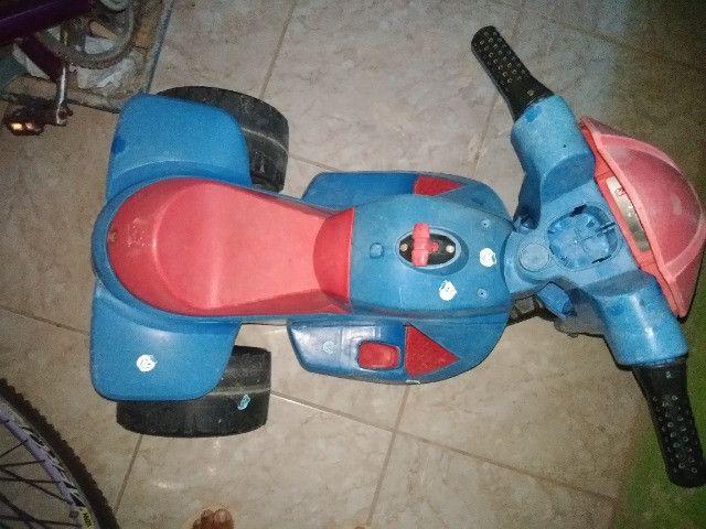 triciclo infantil eletrico - Foto 2