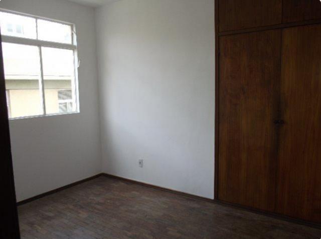 Apartamento 02 qts, 01 vaga no coração eucarístico - Foto 2