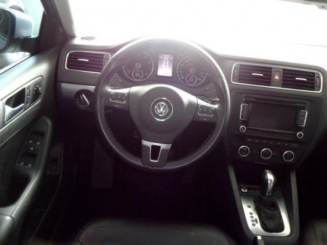 Volkswagen Jetta 2.0 TSI 4P - Foto 3