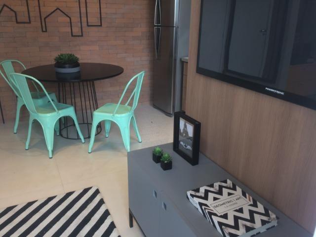 Apartamento sala e quarto varanda com infraestrutura - Foto 11
