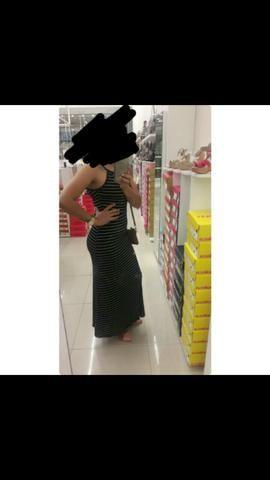 Vendo este vestido Ele estica e creio q veste até ao G - Foto 2