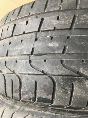 4 pneus 235 40 18 SEMI NOVOS 90% DE BORRACHA RUNFLET - Foto 4