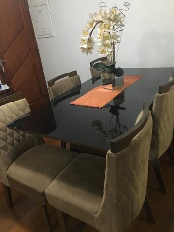 Conjunto sala de jantar/mesa e cadeiras