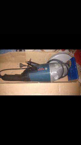 Lixadeira Bosch GWS 20-230