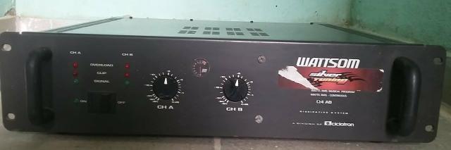 Amplificador DBL 720 + mesa