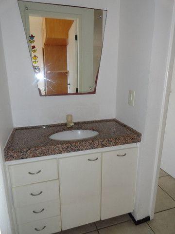 AP0151 - Apartamento com 3 dormitórios para alugar, 70 m² por R$ 1.550/mês - Meireles - Foto 15