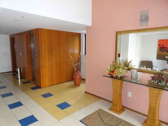 AP0151 - Apartamento com 3 dormitórios para alugar, 70 m² por R$ 1.550/mês - Meireles - Foto 3