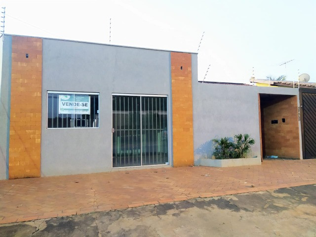 Excelente Casa Com 2 Quartos + Salão a Venda no Bairro Monte Castelo - R$ 315mil - Foto 2