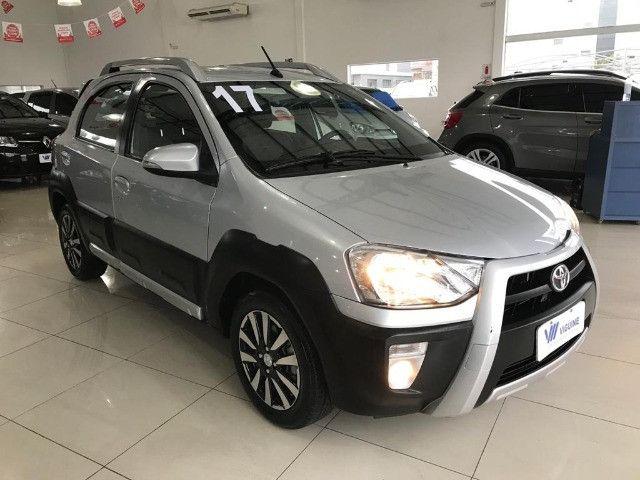 Toyota Etios Cross 1.6 2017 - Foto 7